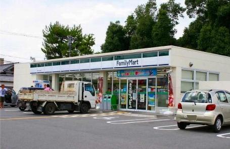 ファミリーマート 郡山小泉店